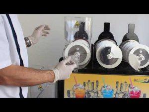 Entretien et lavage d'une machine à granité